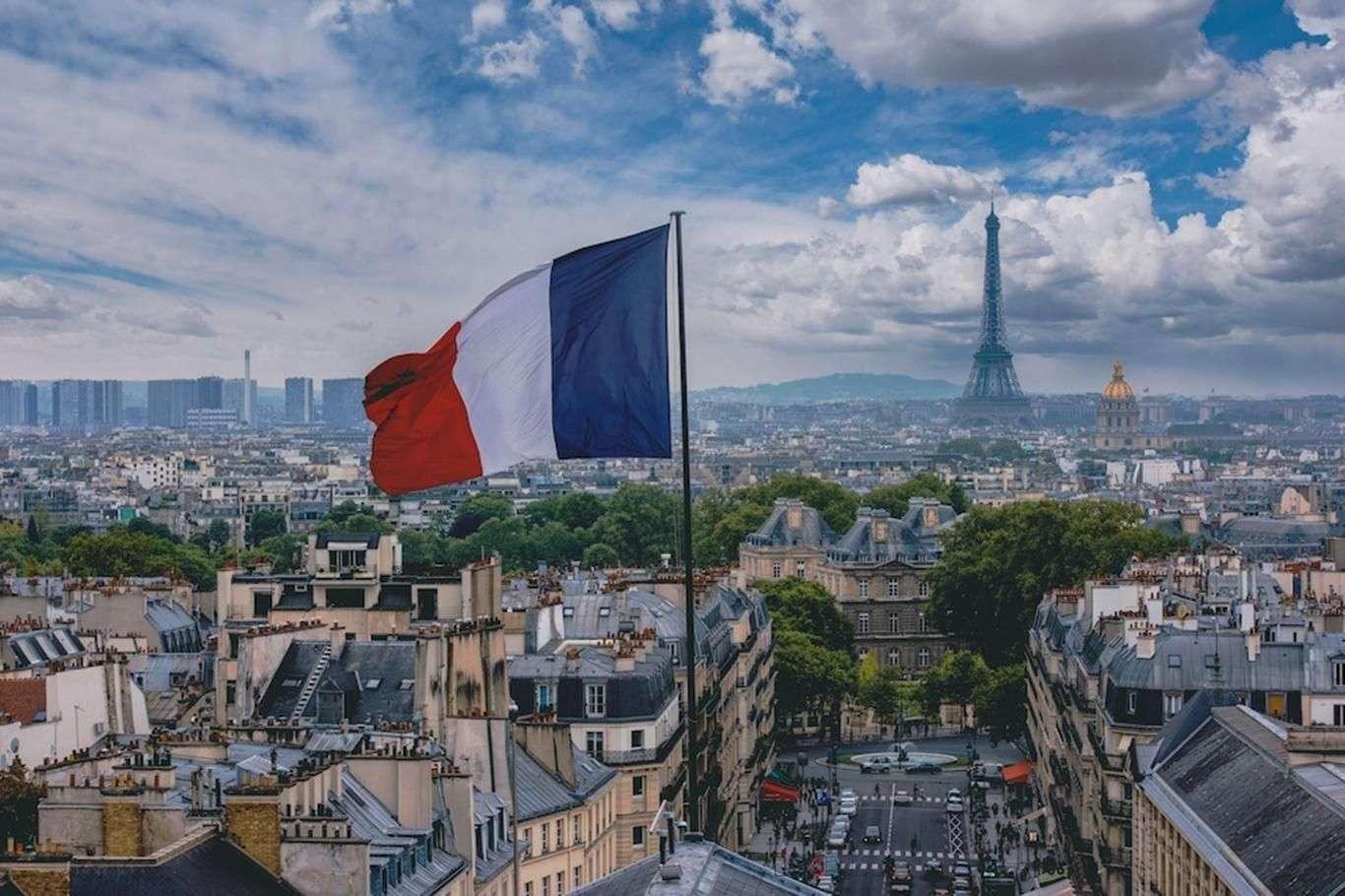 Fransa'da Can Kaybı 75 Bine Ulaştı