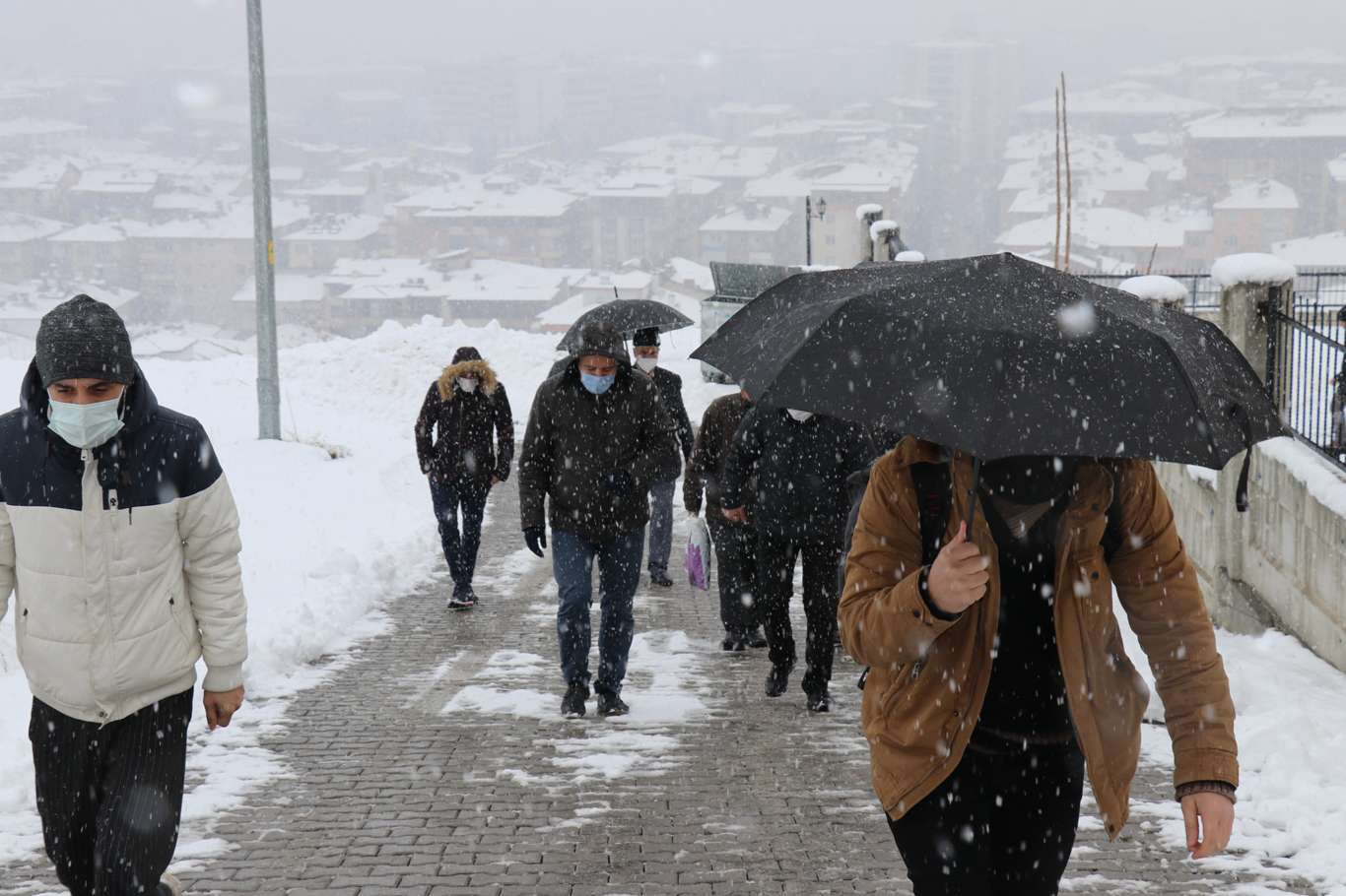 Yağan Kara Malatyalılar Sevindi! Foto Haber