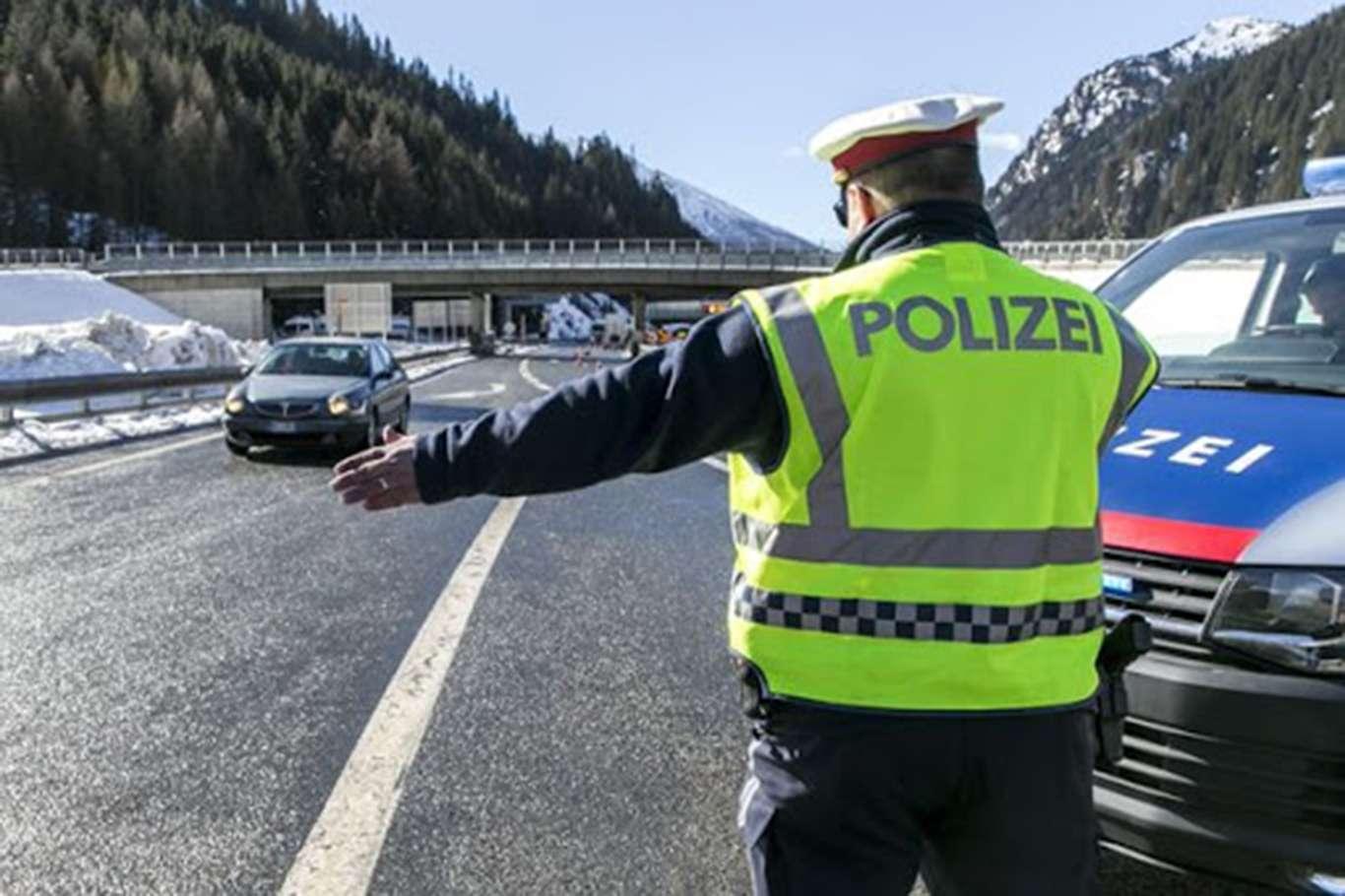 Almanya'dan Son Dakika Hamlesi 5 Ülkeye Sınırlarını Kapattı