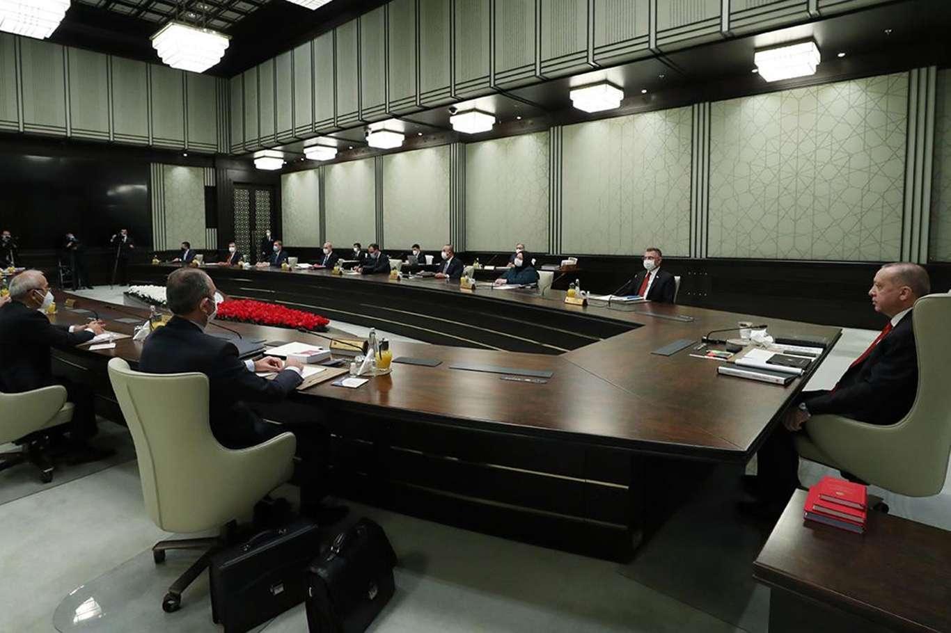 Önemli Görüşmeler İçin Cumhurbaşkanlığı Kabinesi Yarın Toplanıyor