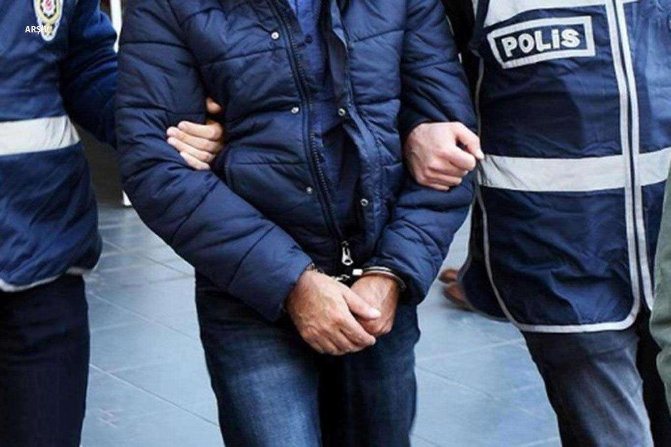 """Son Dakika: HDP Esenyurt İlçe Başkanı Terör """"örgütü üyesi olmak"""" Suçundan Tutuklandı"""