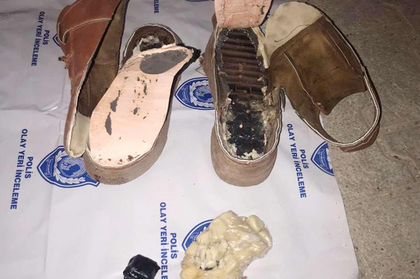 Ayakkabının Tabanına Patlayıcı Gizleyen Şahıs Böyle Yakalandı