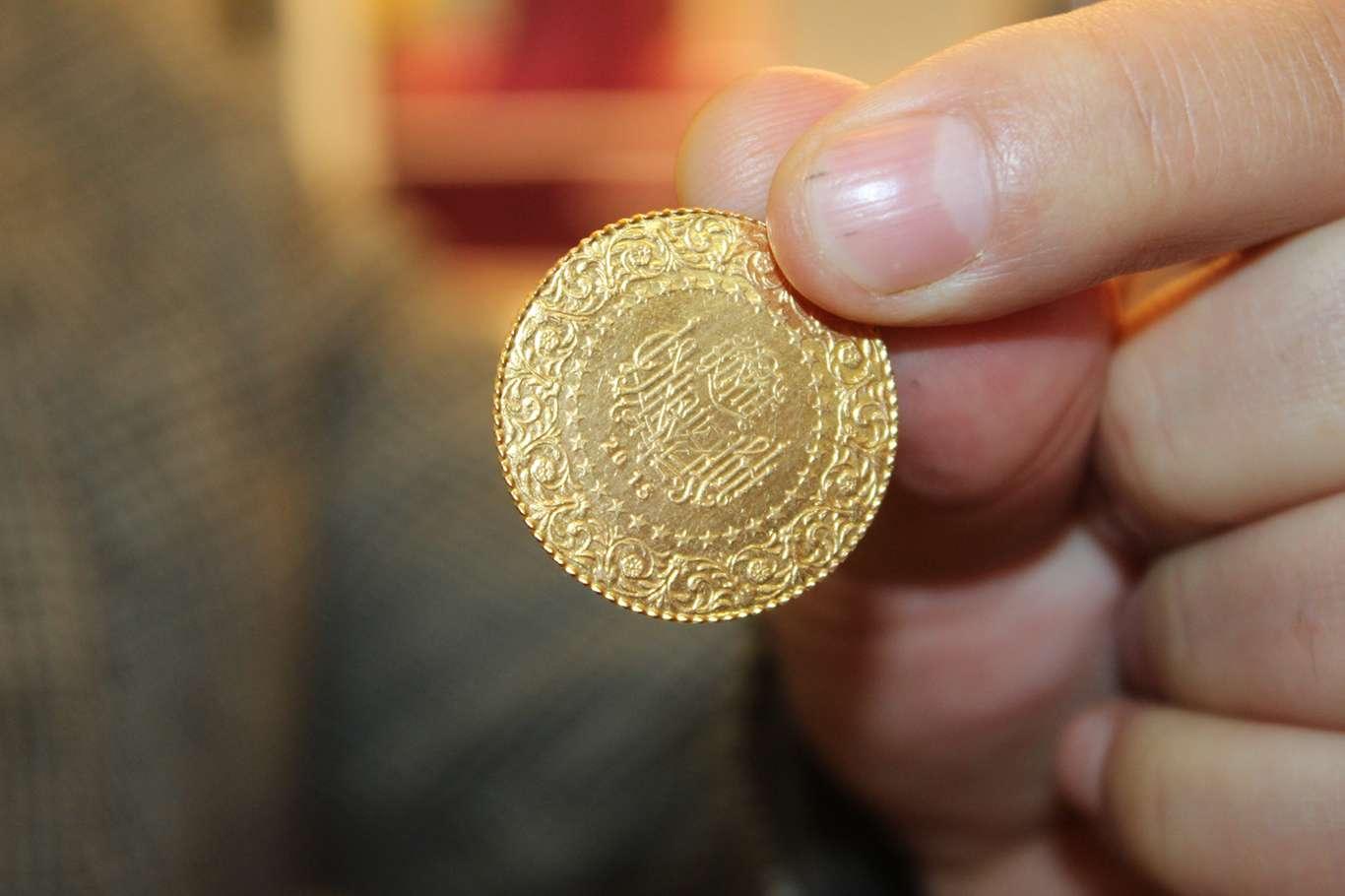 Altın Düşüşe Devam Ediyor Kuyumculardan Halka 'altın' Çağrısı Yapıldı! Altın Alın