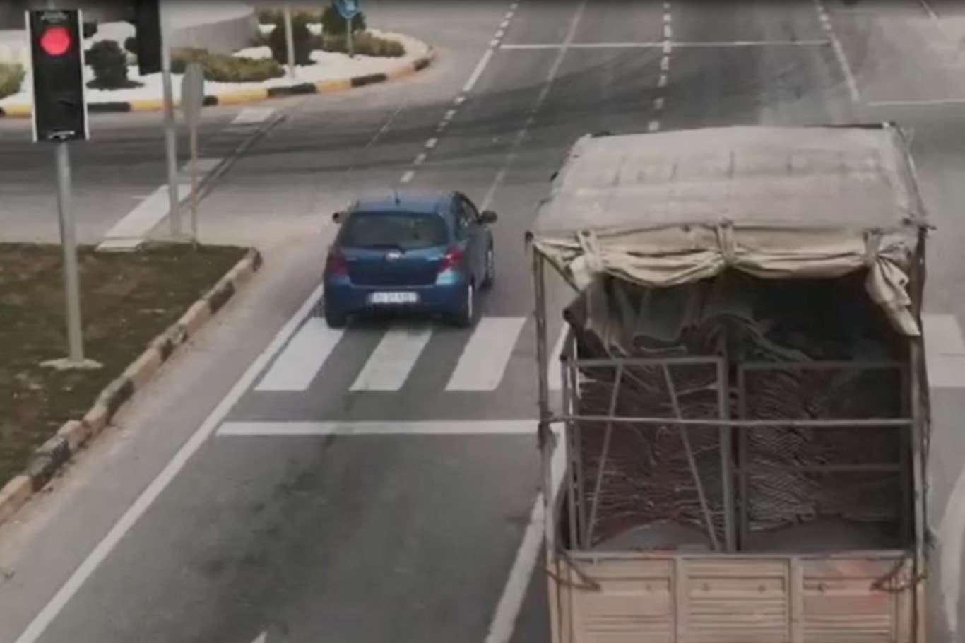 Kırmızı Işıkta Geçen Sürücülere Acınmadı