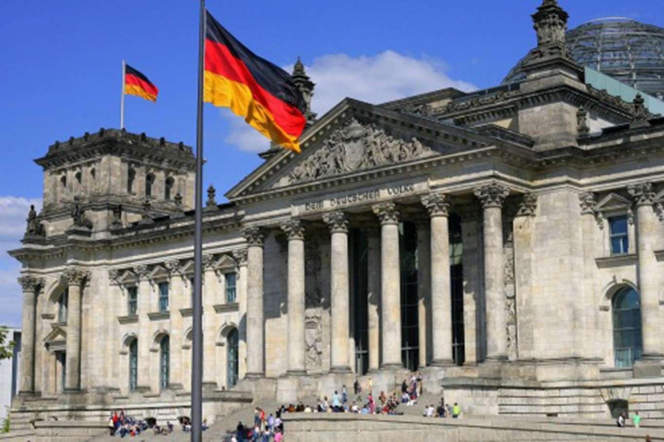 """Rusya'nın Berlin Büyükelçiliğindeki Bir Çalışan """"istenmeyen Kişi"""" İlan Edildi"""