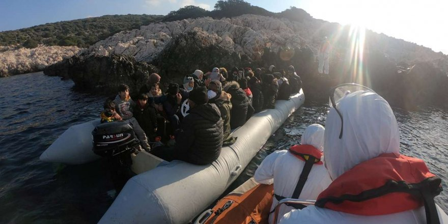 İzmir'de 123 Düzensiz Göçmen Kurtarıldı