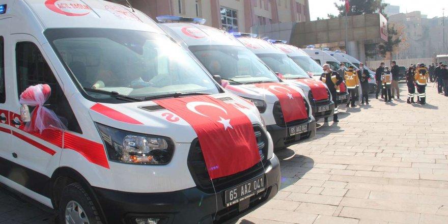 Van'a 14 Yeni Ambulans