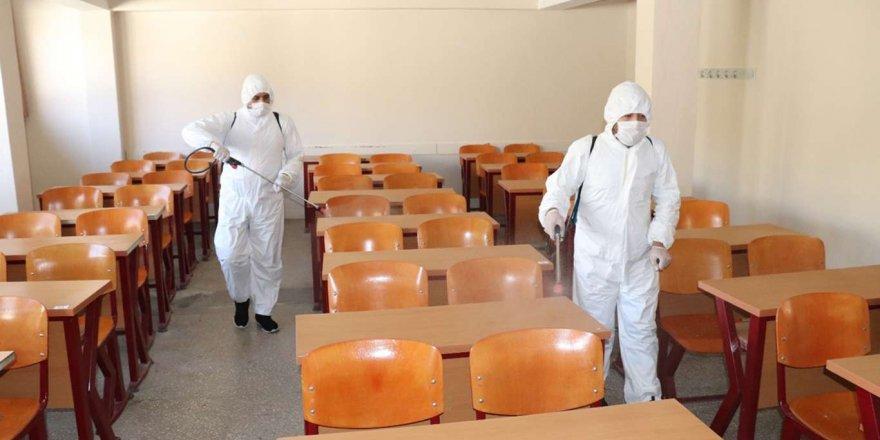 Siirt'te Covid-19 İle Mücadele Kapsamında Dezenfekte Çalışmaları Sürüyor