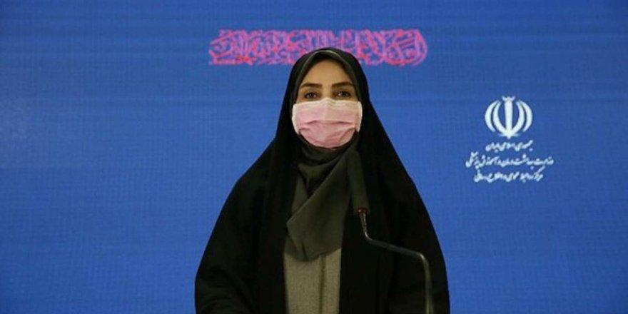 İran Covid-19'a Bağlı 61 Ölüm Bildirdi