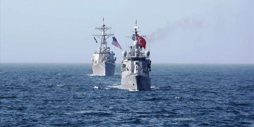 Türkiye Ve Abd Deniz Kuvvetlerinden Karadeniz'de Geçiş Eğitimi