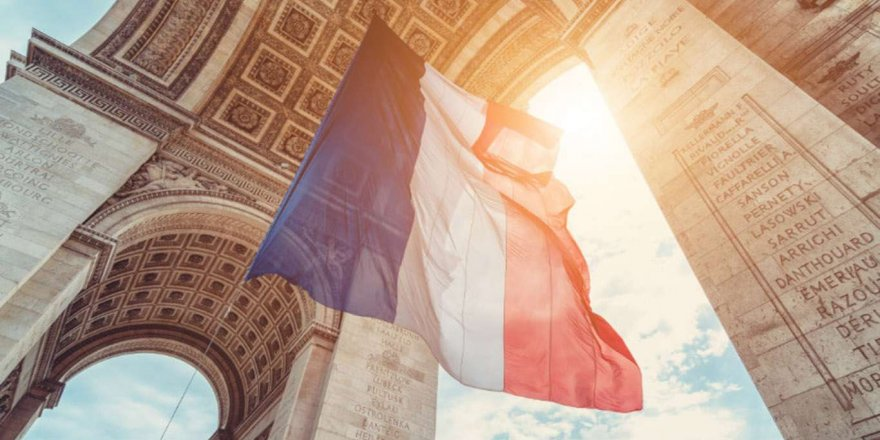 Fransa'da Bir Günde 25 Binden Fazla Covid-19 Vakası Kaydedildi