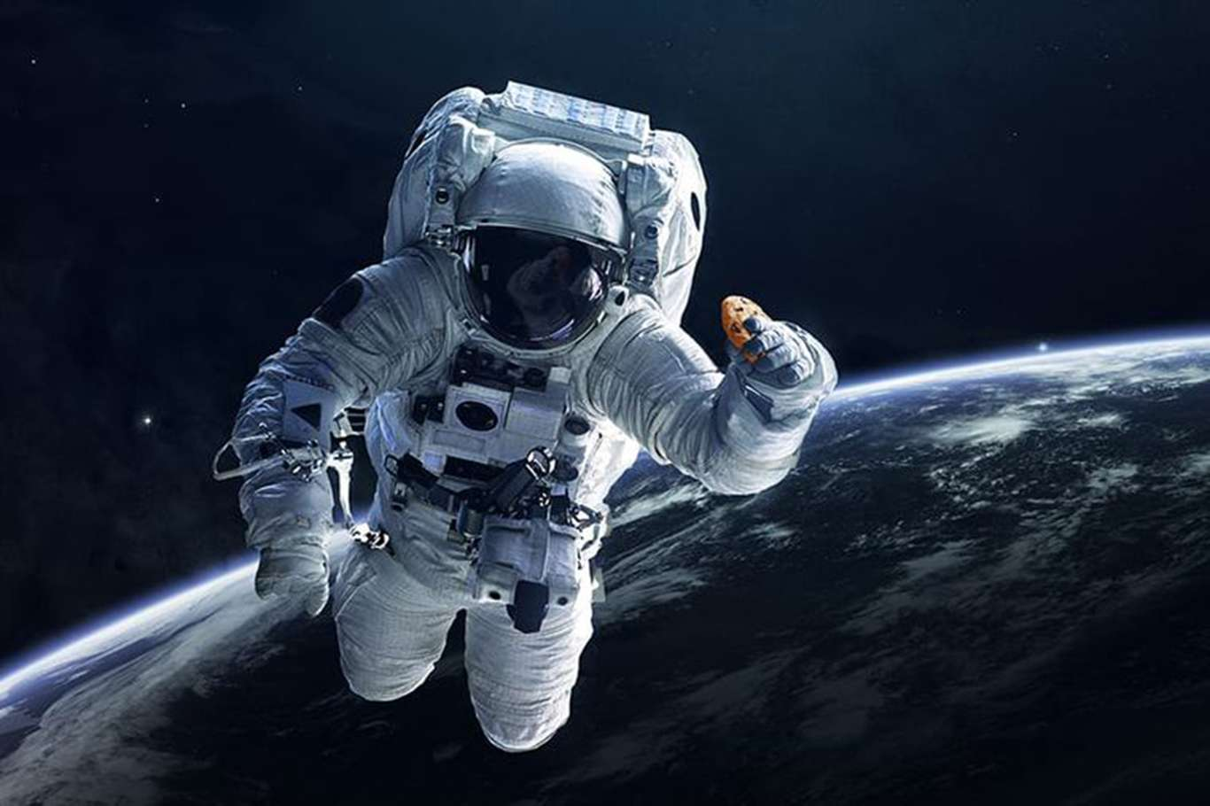 Astronot Nedir, Kozmonot Nedir?