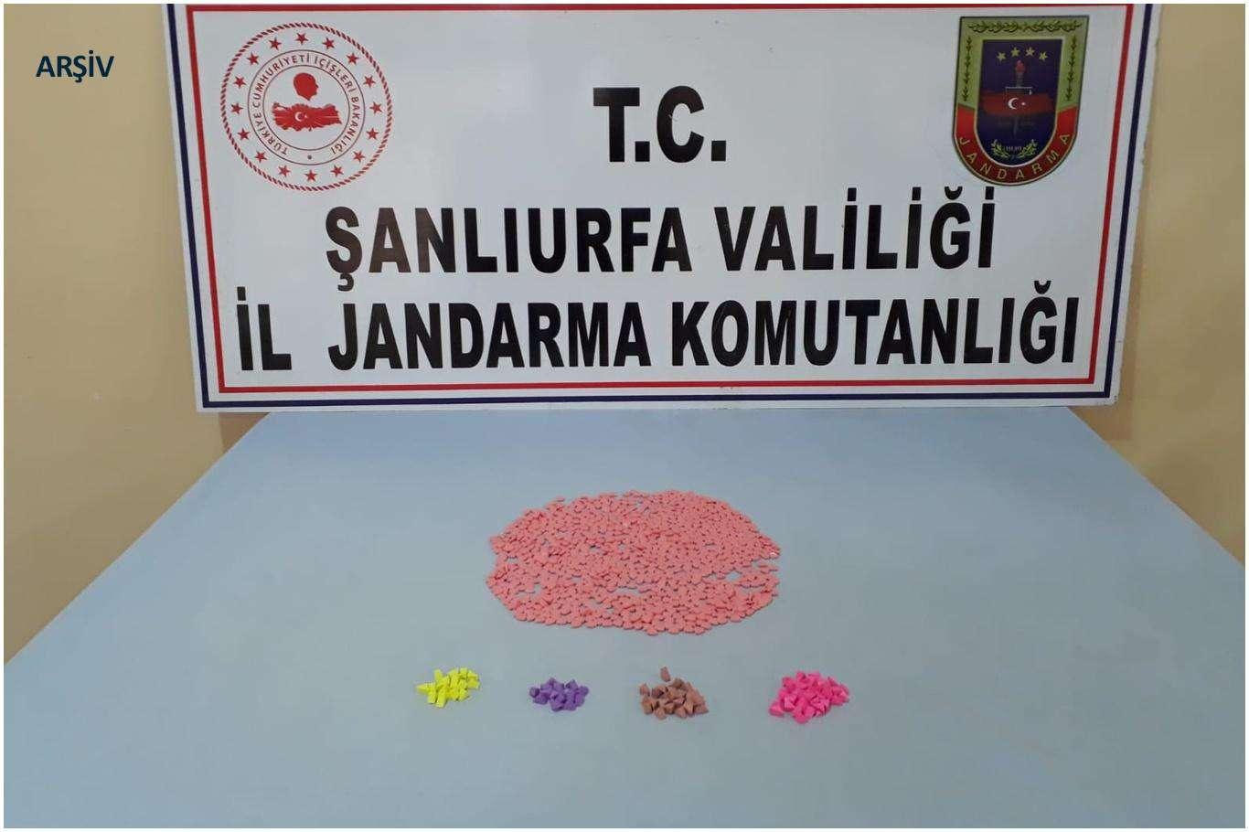 Şanlıurfa'da Araç İçerisinde Uyuşturucu Madde Yakalandı