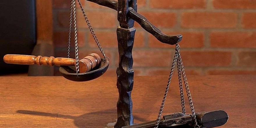 Siyasetçi Ve Hukukçular Yeni Anayasanın Tüm Kesimleri Kapsaması Gerektiğini Belirtti