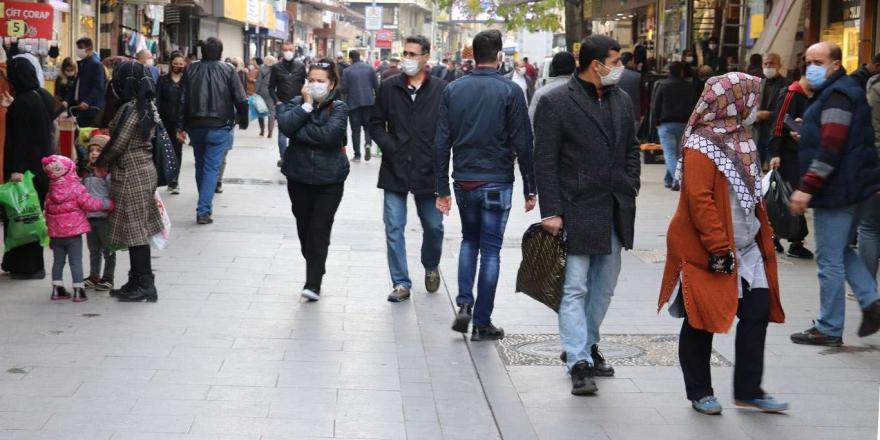 Gaziantep'te Covid-19 Kurallarını İhlal Eden 369 Kişiye Para Cezası