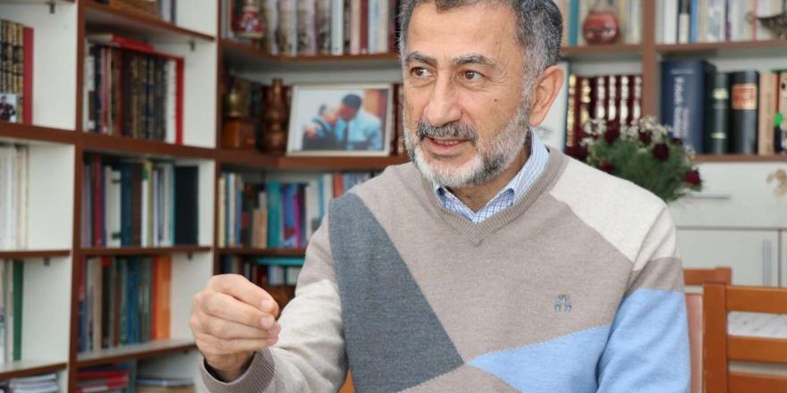 """Emekli Albay Ay: """"abd'de Eğitim Alan Subaylar Türkiye'de Darbelerin İçerisinde Yer Aldı"""""""