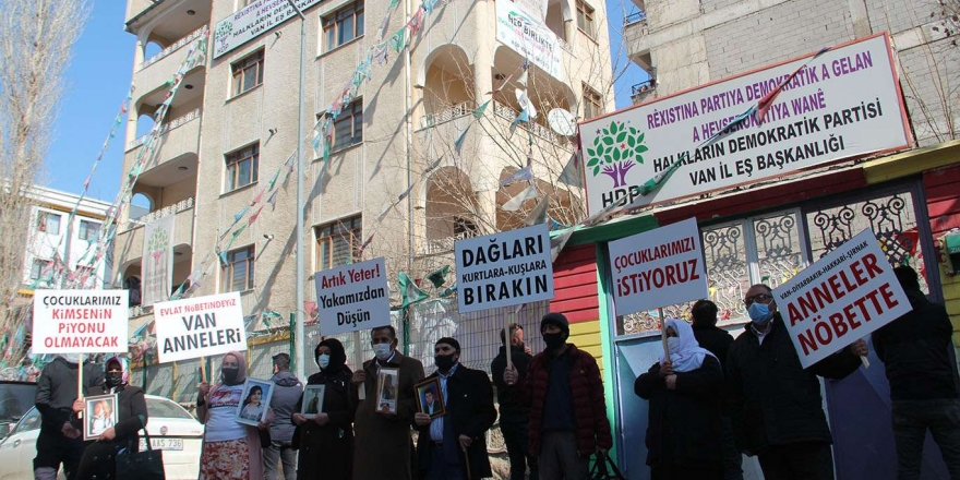 """evlat Nöbeti"" Diyarbakır'dan Van'a Taştı"
