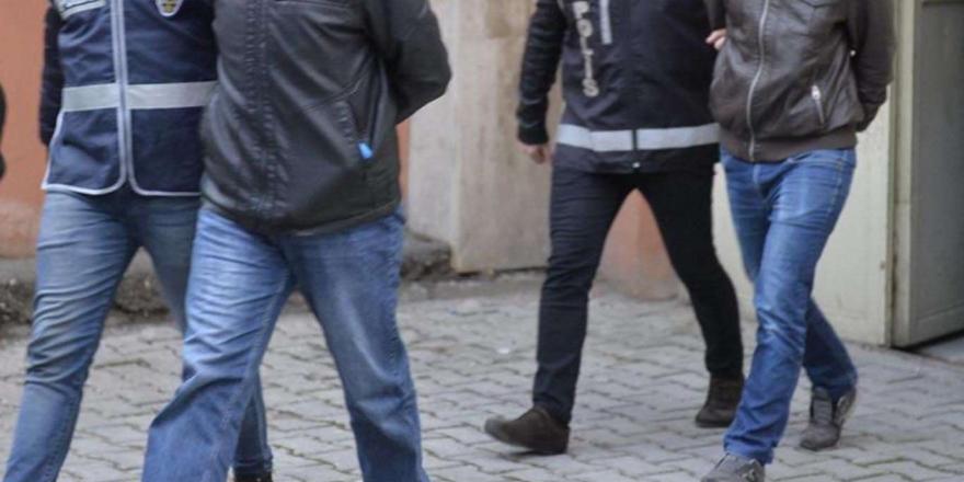 Mardin'de Bir Kişinin Öldürüldüğü Silahlı Saldırıya İlişkin 3 Kişi Tutuklandı