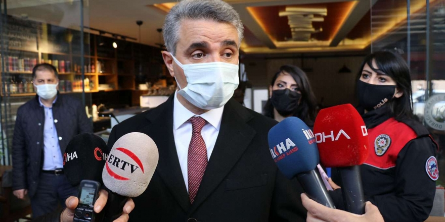 """Prof. Dr. Şenyiğit: """"Uyuşturucu kullanmak hem maddi hem de manevi zarar verir"""""""