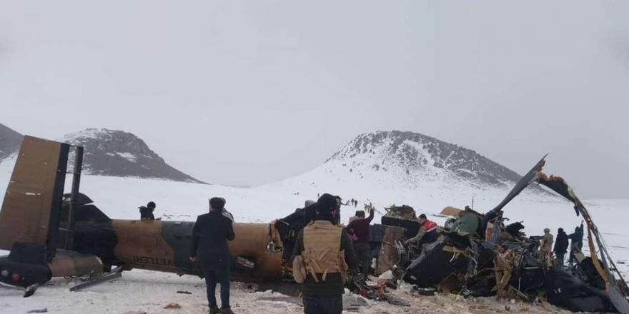 Msb'den Bitlis'te Düşen Helikopterle İlgili Yeni Açıklama