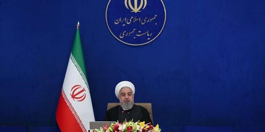 İran Cumhurbaşkanı Ruhani: Yüksek Ve Orta Riskli Kentlerde Seyahat Yasağı Uygulanacak