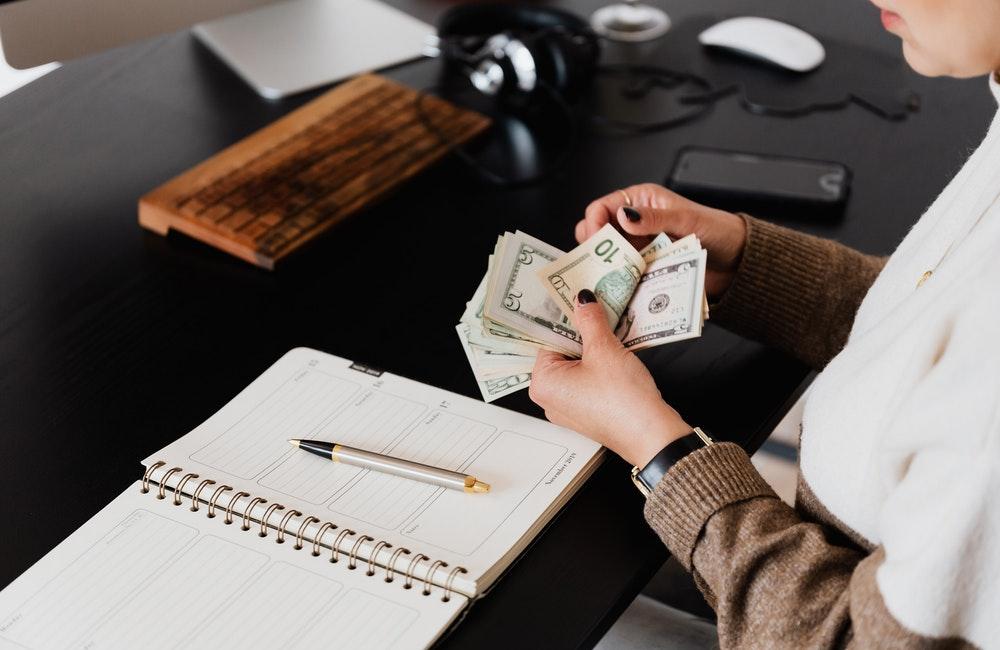 En Çok Para Kazandıran En Popüler İşler