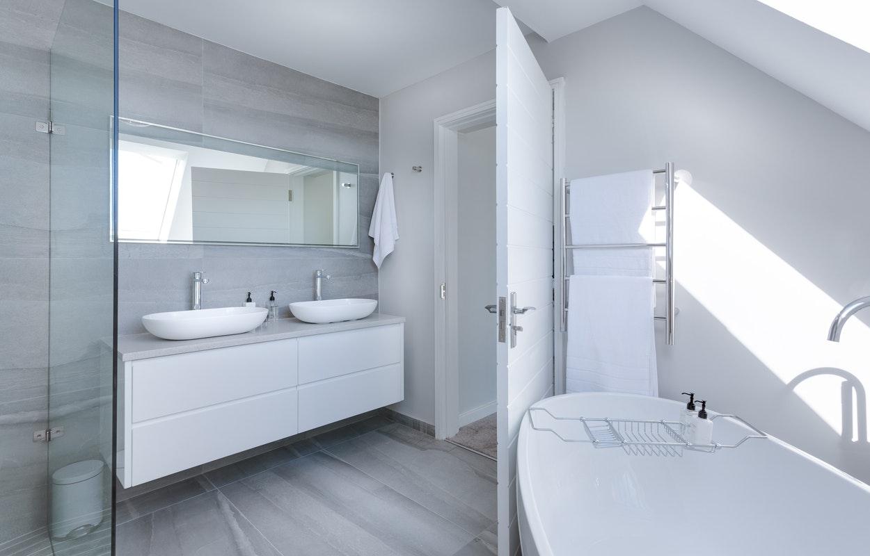 Küçük Banyolar İçin En İyi Dekorasyon Önerileri