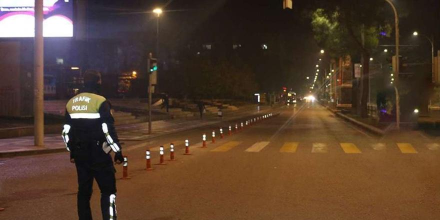 """Davutoğlu: """"Sorunların çoğu 6284 Sayılı Yasa'dan kaynaklanıyor"""""""