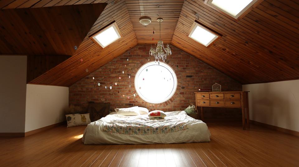Çatı Katı Odaları İçin En İyi Dekorasyon Önerileri