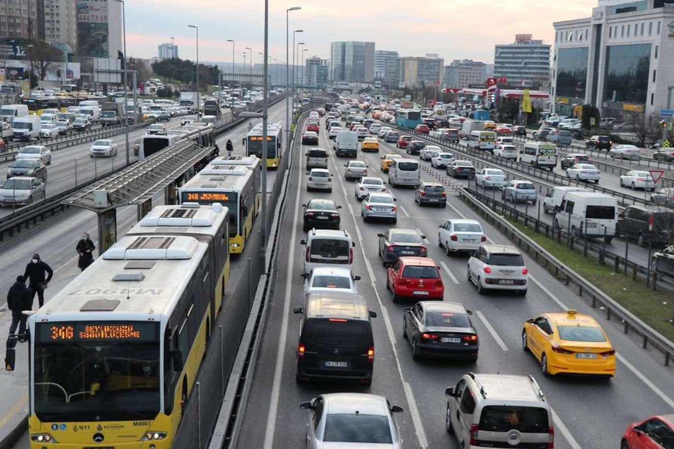 Trafiğe Kaydı Yapılan Taşıt Sayısında Büyük Artış