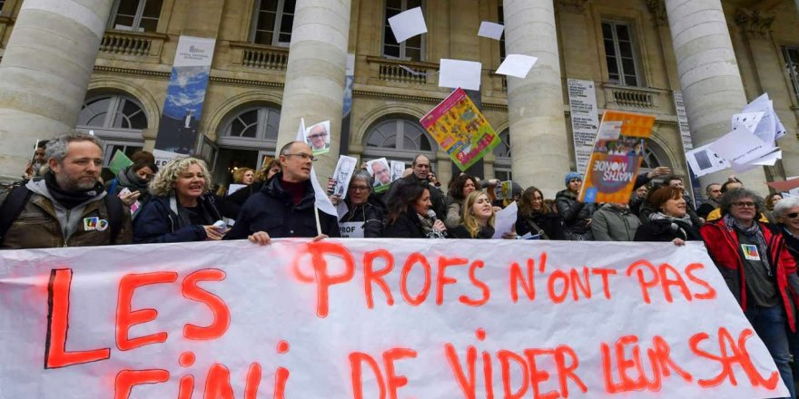 Fransa'da Öğretmenler ve Hemşireler Ayaklandı