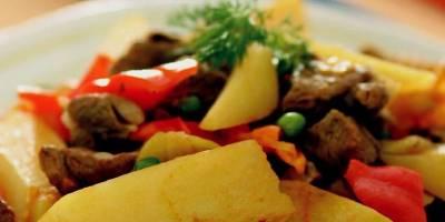 Patatesli Et Yemeği Nasıl Yapılır? Patatesli Et Yemeği Tarifi