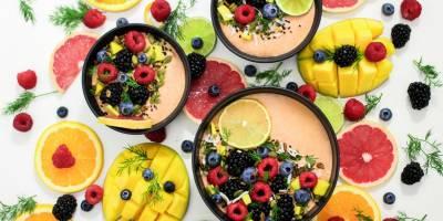 Muhteşem Meyveli Yoğurt Bar Tarifi! Meyveli Yoğurt Nasıl Yapışır?