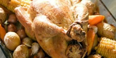 Fırında Tavuk Çevirme ve Kestaneli Pilav Tarifi! Tavuk Yemekleri