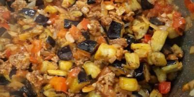 Kıymalı Patlıcan Yemeğinin Tarifi! Kıymalı Patlıcan Yemeği Nasıl Yapılır?