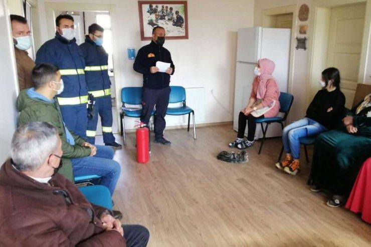 Van'da Kursiyerlere Yangın Ve Deprem Eğitimi Verildi