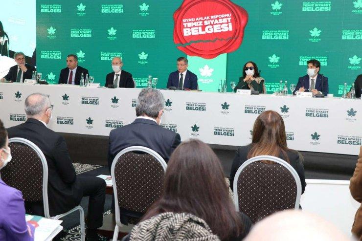 gelecek Partisi 'temiz Siyaset Belgesi'ni Kamuoyuyla Paylaştı